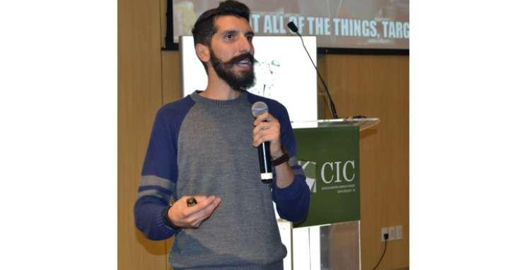 Meetup, no CIC-BG, aproxima conceito startup de empreendedores