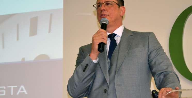 """""""Ganha o bom senso, perde o oportunismo"""", diz palestrante sobre reforma trabalhista"""