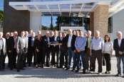 CIC-BG, Sindmóveis e Movergs recebem chaves do Centro Empresarial de Bento Gonçalves