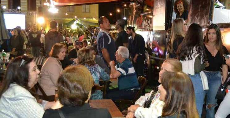 Festa do Espumante une boa gastronomia e vinhos premiados