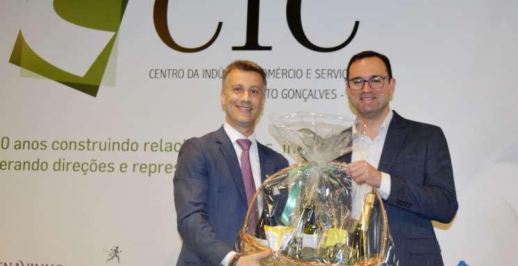 Presidente do CIC-BG, Rogério Capoani, e Prefeito de Bento Gonçalves, Diogo Siqueira