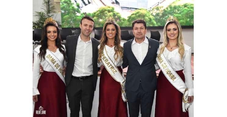 Comitiva da ExpoBento e Fenavinho cumpre agenda de divulgação em Brasília